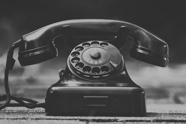 amazon国内メーカー仕入れ飽和電話